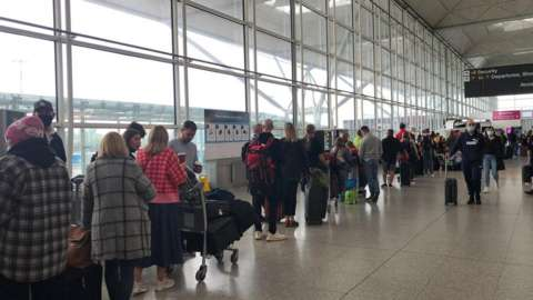 queue at Stansted