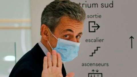 French ex-President Nicolas Sarkozy in court building, 10 Dec 20
