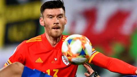 Kieffer Moore concentrates on the ball
