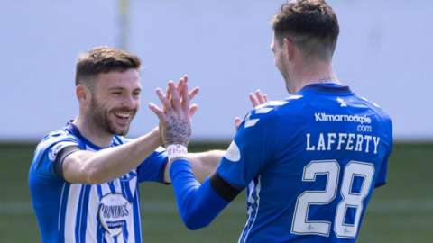 Greg Kiltie set up the opening goal for Kyle Lafferty