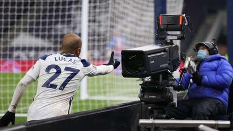 Lucas Moura celebrates for Spurs