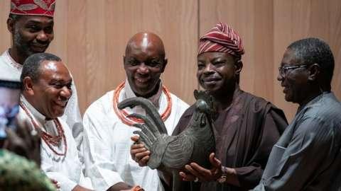 Benin bronze cockerel