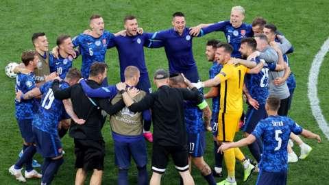 Slovakia celebrating at full time