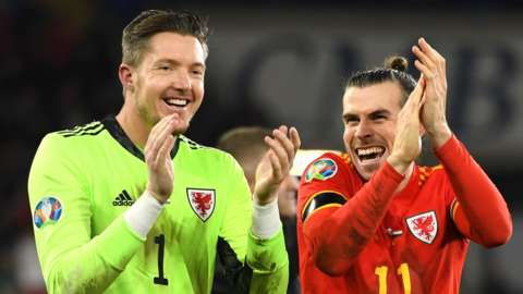 Wayne Hennessey and Gareth Bale of Wales