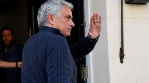 Jose Mourinho arriving at home after being sacked by Spurs