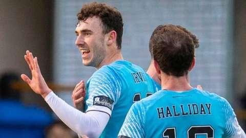 Hearts scorer Elliott Frear celebrates