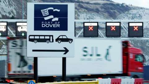 Goods lorry at Dover docks, 19 Mar 18