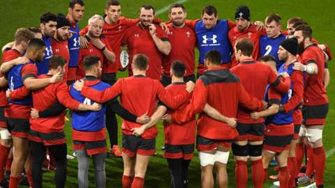 Wales squad huddle ahead of the 2020 Six Nations