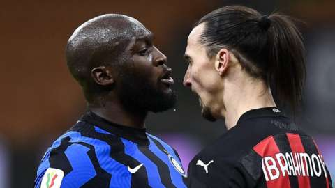 Lukaku and Ibrahimovic arguing aggressively