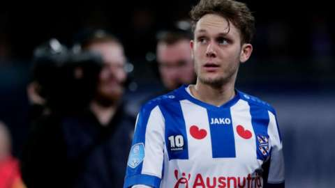 After starting his career at Dinamo Zagreb, Alen Halilovic has spent two years on the books each at Barcelona, Hamburg and AC Milan