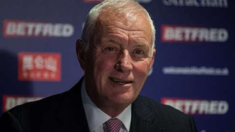 Barry Hearn at a news conference