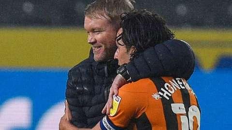Hull celebrate victory