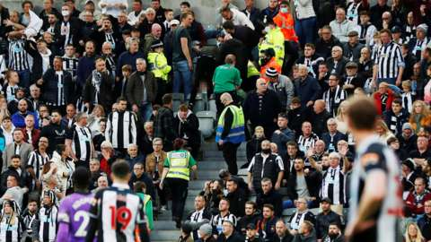 Medics rush to help fan at Newcastle v Tottenham