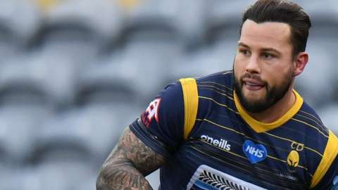 Francois Hougaard in action for Worcester Warriors