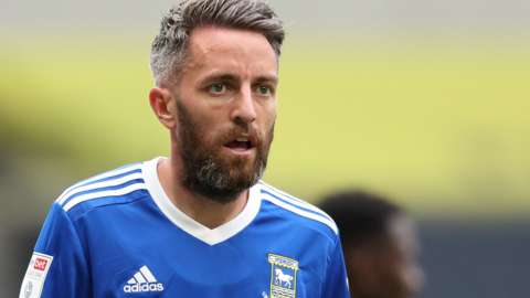 Cole Skuse in action for Ipswich