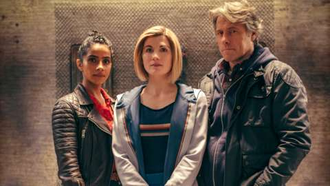 Mandip Gill, Jodie Whittaker and John Bishop in Doctor Who: Flux