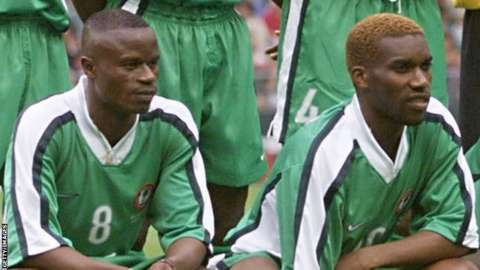 Mutiu Adepoju (left) and Jay-Jay Okocha at the 1998 World Cup for Nigeria