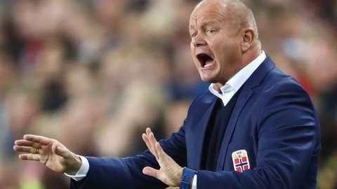 Hacken head coach Per-Mathias Hogmo