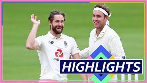 Chris Woakes and Stuart Broad