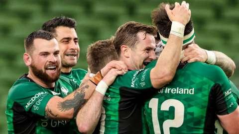 Connacht celebrate Mack Hansen's try