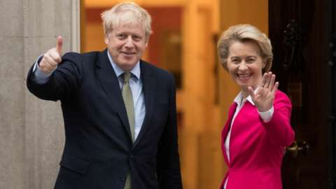 Image shows UK PM Boris Johnson and EU chief Ursula von der Leyen