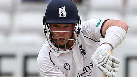 Tim Ambrose batting for Warwickshire