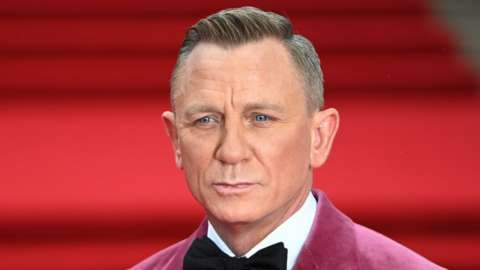 Daniel Craig at the No Time To Die premiere