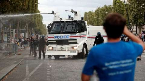 Water cannon in Paris