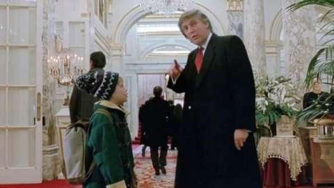 Macaulay Culkin and Donald Trump in Home Alone 2