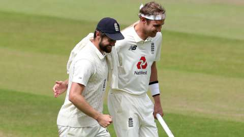 Stuart Broad and Chris Woakes