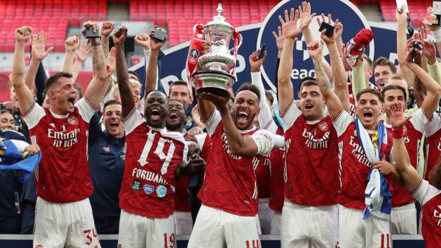 Fa Cup Final 2020 Arsenal 2 1 Chelsea Aubameyang Double Secures Victory Bbc Sport