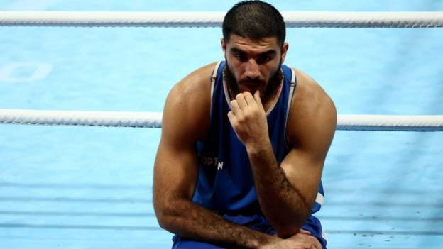 Tokyo Olympics: Mourad Aliev in ring protest after Frazer Clarke defeat