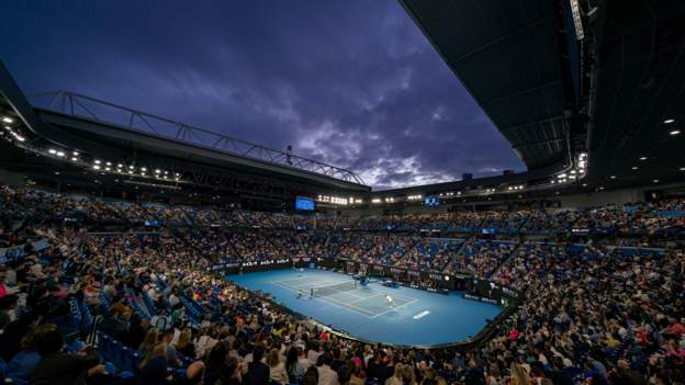 Australian Open: Unvaccinated players 'unlikely' to be allowed to compete