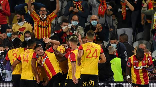 Lens 1-0 PSG: Ligue 1 champions suffer opening defeat thumbnail