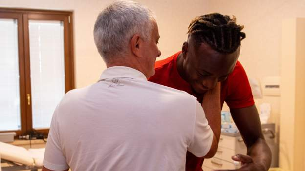 Tammy Abraham: Jose Mourinho persuaded me to leave England for Roma