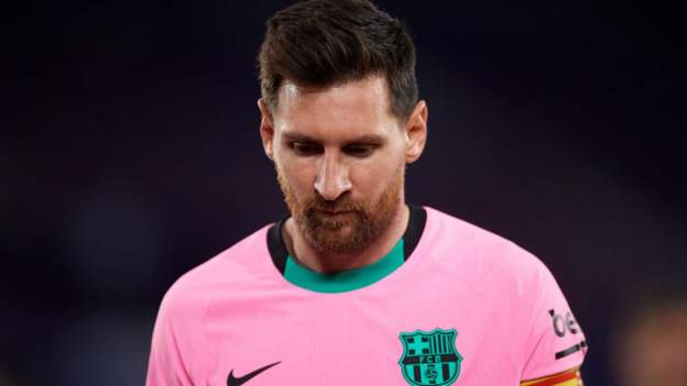 Levante 3-3 Barcelona: Barca throw away two-goal lead and miss chance to go top of La Liga - bbc