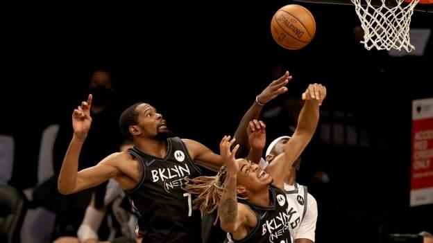 NBA play-off'ları: Kevin Durant, Brooklyn Nets'i Milwaukee Bucks karşısında büyük bir galibiyete yönlendirdi