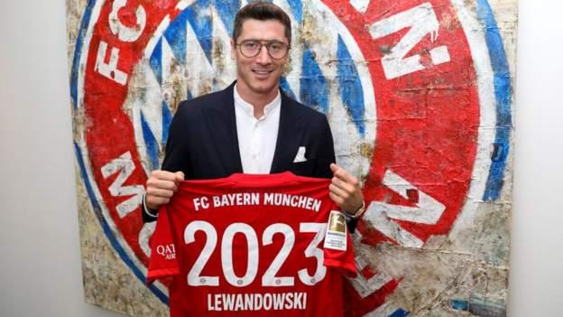 Robert Lewandowski: Bayern Munich striker signs new contract until 2023 -  BBC Sport
