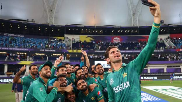 T20 World Cup: Pakistan fans, players & pundits reflect on end of '29 years of hurt'