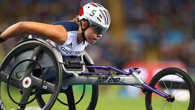 Hannah Cockroft on her way to winning gold in Rio