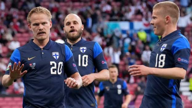Finland win first game at major finals