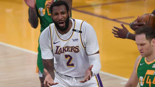 Lakers back on track after win over Jazz