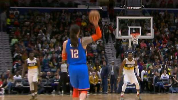 NBA star scores brilliant one-handed buzzer beater from own half