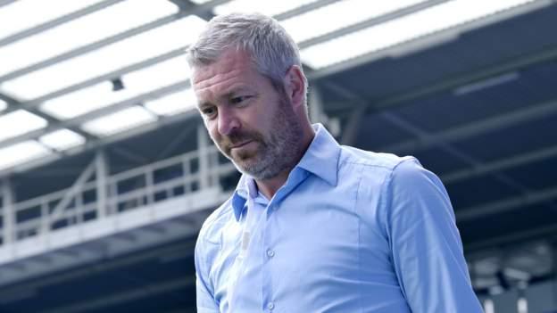 Everton sack Kirk after poor WSL start