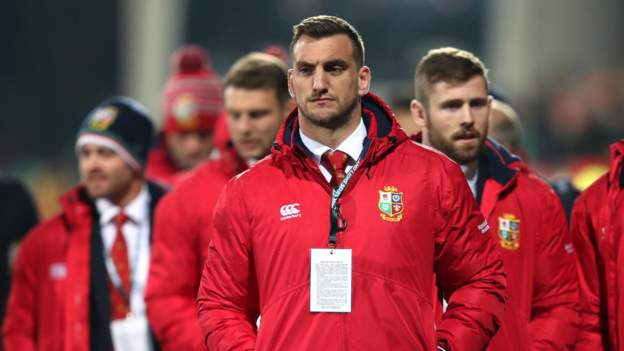 I could miss first Test, says Warburton