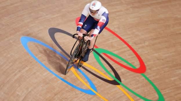 Tokyo Olympics: Jason and Laura Kenny both claim track cycling silver