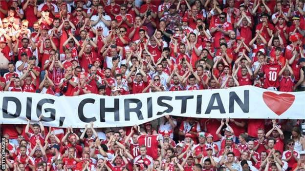 Denmark Belgium pay tribute to Eriksen