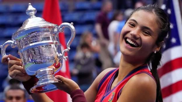 US Open: Emma Raducanu beats Leylah Fernandez to win maiden Grand Slam - BBC Sport