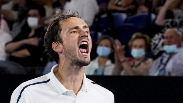 Medvedev beats Tsitsipas to reach final