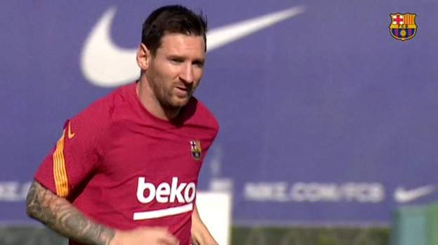 Lionel Messi trains for first time since deciding to stay at Barcelona thumbnail